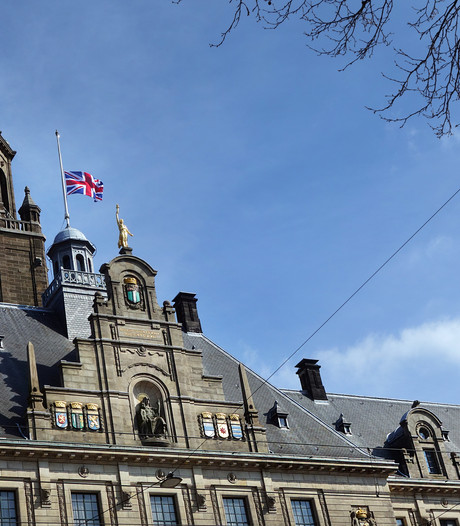 Rotterdam hijst - alsnog - de Britse vlag