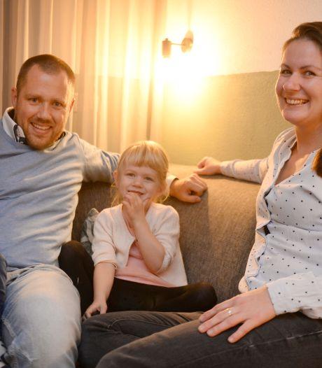 26.000 euro overbieden op een huis is nóg niet genoeg, Janneke uit Enschede probeert het nu op deze manier