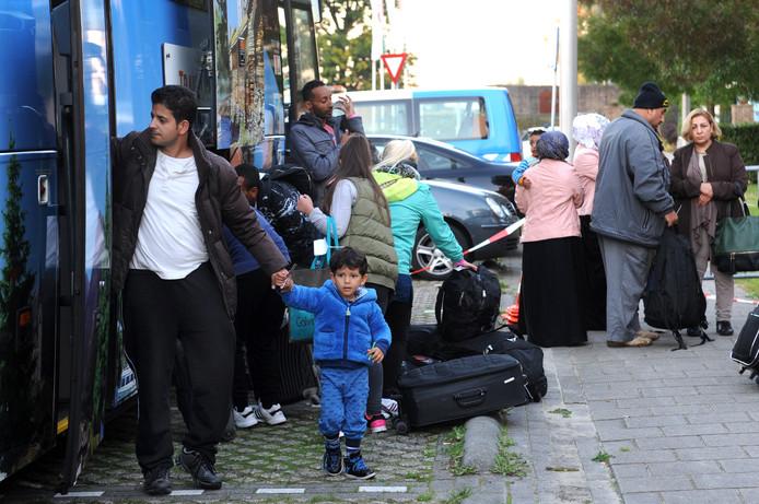 Aankomst vluchtelingen bij Metsj Point in Roosendaal. Edmund Messerschmidt/ het fotoburo