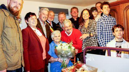 Albertina Mathys viert honderdste verjaardag
