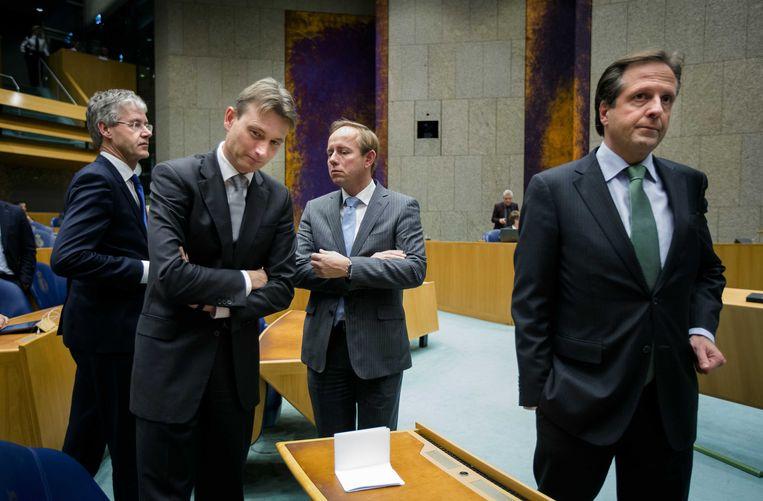 ChristenUnie-leider Arie Slob (links), VVD-fractievoorzitter Halbe Zijlstra, SGP-fractievoorzitter Kees van der Staaij en D66-leider Alexander Pechtold voor aanvang van het debat in Tweede Kamer. Beeld ANP