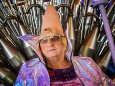 Tante Rikie opent nieuwe horecahoek van Jumbo Leussink in Aalten
