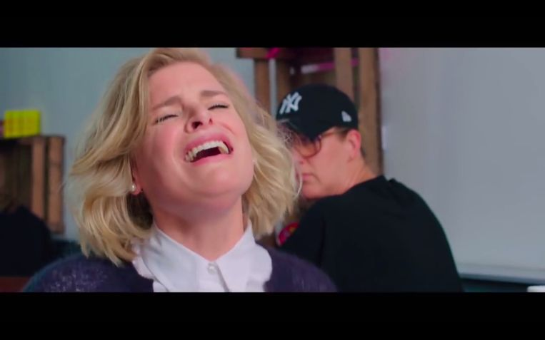 Inge speelt de beroemde scène uit 'When Harry Met Sally'.  Beeld