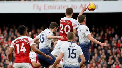 Wat een geweldige derby, maar wel eentje die Jan Vertonghen zo snel mogelijk vergeten wil: hij veroorzaakt penalty en pakt rood