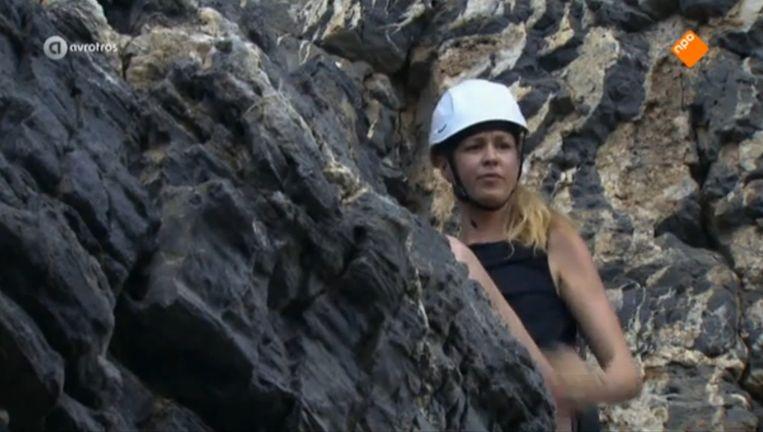 Annemieke Schollaardt durfde de rots niet op en haalde daarom geen geld binnen Beeld AvroTros