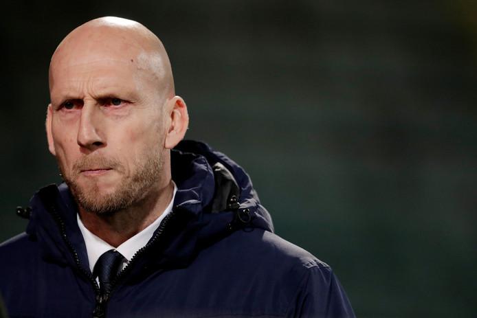 """PEC Zwolle-trainer Jaap Stam: ,,Ik heb de jongens voorgelegd: Wat willen we? Zij hebben ook geen zin in die nachtkaars."""""""