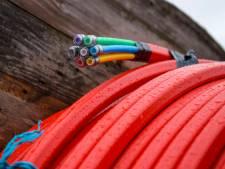 Twéé kabelbedrijven willen graven in West Maas en Waal