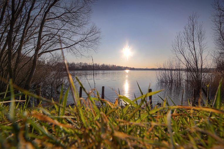 Het Agentschap Natuur & Bos (ANB) gaat zwerfvuil aan natuurgebied de Verdronken Weide opruimen.