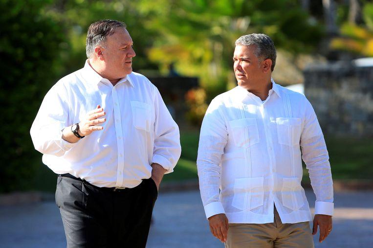 De minister van Buitenlandse Zaken van de VS, Mike Pompeo, (links), en de president van Colombia, Ivan Duque (rechts)