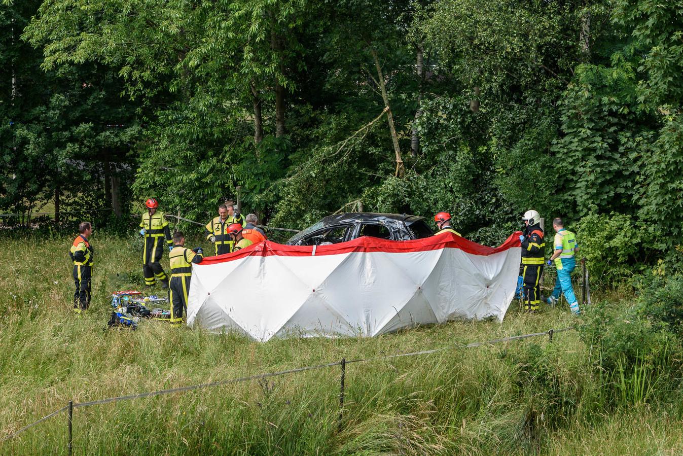 Bij de crash op de A59 in juni 2018 vielen twee doden.