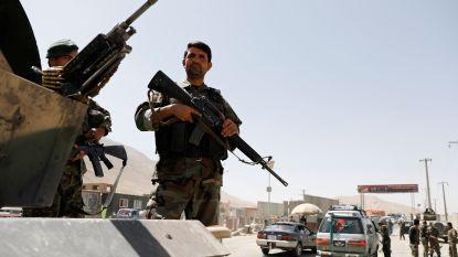 Taliban veroveren militaire basis in noorden van Afghanistan, tot 150 burgers gedood bij gevechten