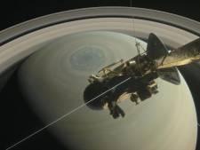 Op Saturnus valt de hagel met 10.000 kilo per seconde