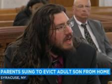 Wanhopige ouders slepen zoon (30) voor rechter: hij weigert ons huis te verlaten