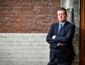 Burgemeester Bauwens (CD&V) pleit voor vaccinatiecentrum per gemeente