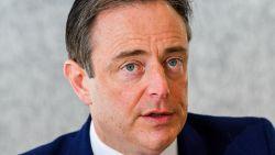 """De Wever: """"Joden vermijden conflicten. Dat is het verschil met moslims"""""""