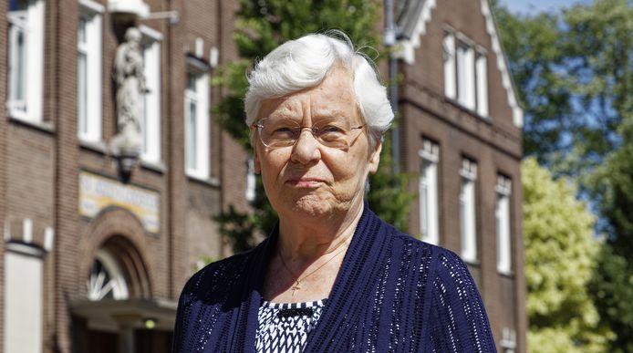 Algemeen overste Agnes Vos voor het moederhuis van de Zusters van Liefde aan de Pastoor van Erpstraat in Schijndel.  ,,Het was hier echt een verschrikkelijke tijd.''