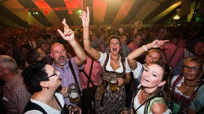 50 liter bier per minuut op Oktoberfest Meeuwen