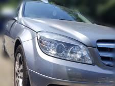 Jongen rijdt al bellend rond in peperdure Mercedes, zónder rijbewijs