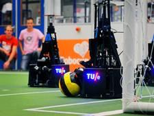 Voetbalrobots TU/e maken zich op voor tiende finale wereldkampioenschap