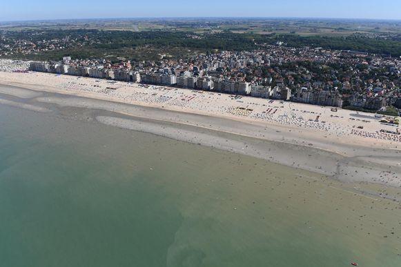 Beeld ter illustratie: luchtfoto van De Panne.