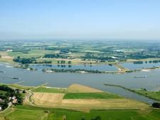 Oud-topambtenaar waarschuwt voor slachtoffers bij hoog water Varik