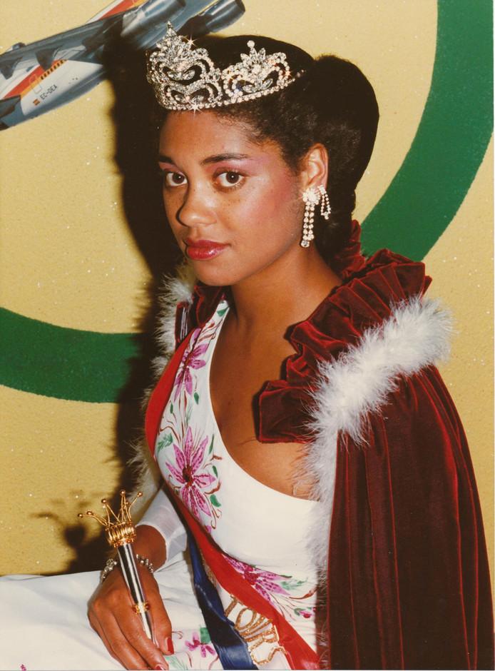 Joyce Blijd, 1983, de allereerste koningin van het Zomercarnaval