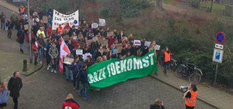 Bescheiden Klimaatmars door Nijmegen
