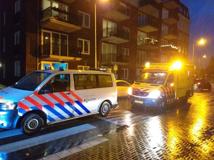 De politie en ambulance waren na het ongeluk op de zebra snel ter plaatse.