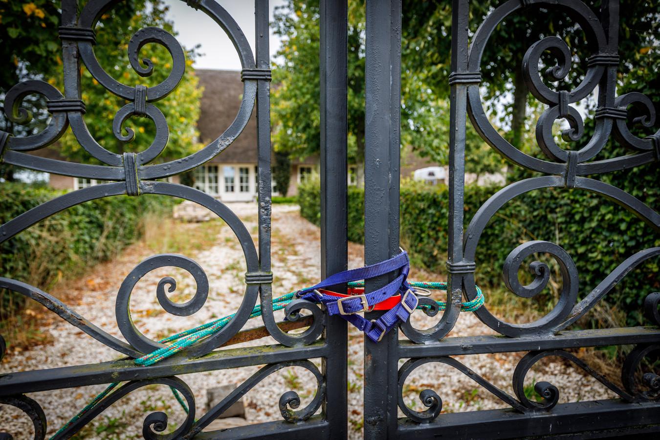 Het landgoed in Witharen van de in opspraak geraakte ondernemer Robert-Jan Mastenbroek staat inmiddels te koop voor 1,1 miljoen euro.