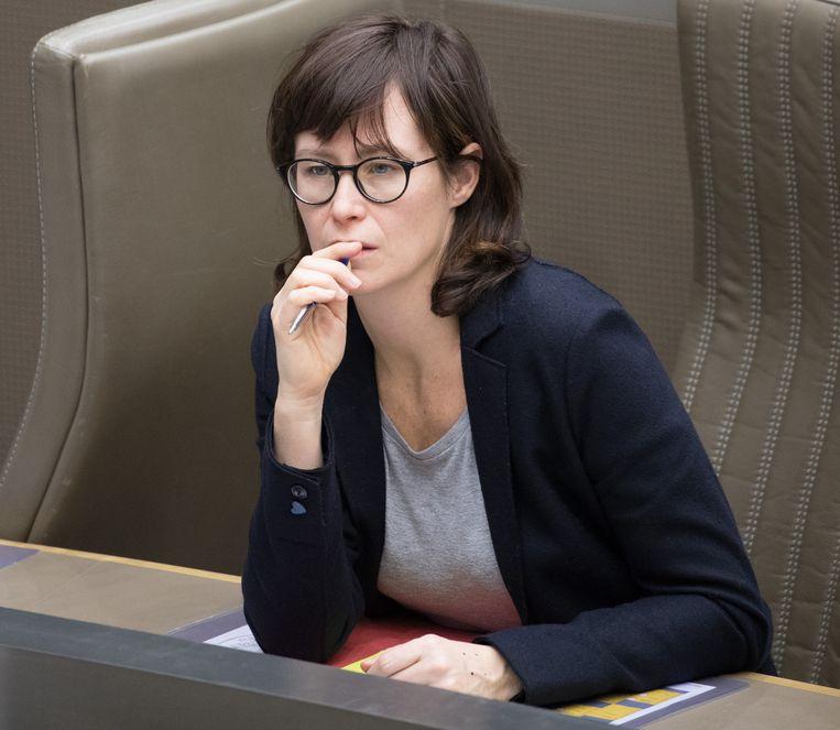 Freya Van den Bossche in het Vlaamse parlement.