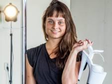Stadsportret Simone Caroline Narraina: 'Je wordt zó sterk van paaldansen'