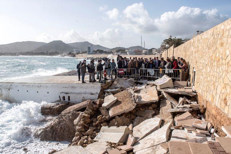 Ook Cala Rajada, Mallorca, kwam niet ongeschonden uit de storm.