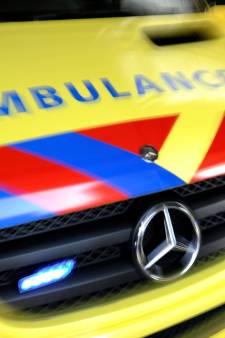 Onbekende fietser ernstig gewond bij aanrijding Driebergen, politie dringend op zoek naar zijn familie