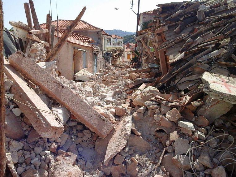 Het Griekse dorpje Vrisa werd bijna volledig verwoest door de aardbeving.