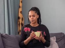 Simone in shock na aanslag met vuurwerk: 'Wat als mijn kinderen in de auto hadden gezeten?'