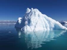 Schatrijke Arabier laat voor drinkwater ijsberg van Zuidpool naar emiraat slepen
