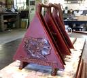 Voorbeeld van wassen driehoeken voor kunstwerk Ouwe Sok voor Roosendaal 750 jaar