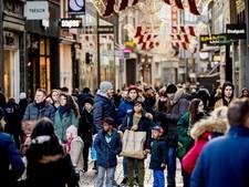 Kalverstraat stijgt plekje in lijst duurste winkelstraten