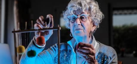 Lerarentekort, griepgolf: kleuterjuf Ans (80) staat alweer klaar
