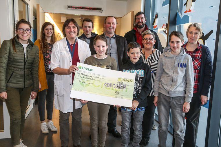 Cheque overhandiging tvv KKF in UZ Gent.