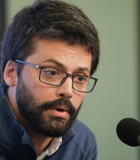 """Emmanuel André critique les décisions prises en Belgique: """"On aurait pu avoir moins de décès"""""""
