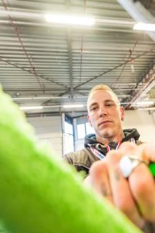 Marco is de snelste glazenwasser van Nederland, maar lapt thuis nooit de ramen