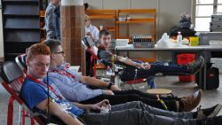 Wie mag wel bloed geven en wie niet? Alle vragen over bloeddonatie beantwoord