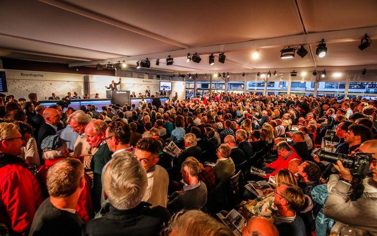 Bonhams veiling Zoute Grand Prix: de zaal zat afgeladen vol.