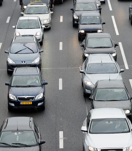 Flinke file tussen Veenendaal en Rhenen tijdens drukke avondspits