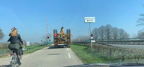 Wilhelminasluis Andel twee nachten dicht voor verkeer wegens werkzaamheden