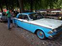 Genieten van oude auto's in Nisse.
