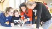 Jongeren verkennen de wondere wereld van wetenschap en techniek