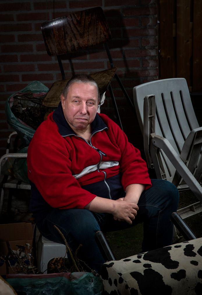 Henk Driessen uit Deurne is schizofreen en vertelt over zijn ervaringen.