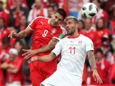 LIVE: Mitrovic kopt vroeg raak voor Servië na voorzet Tadic